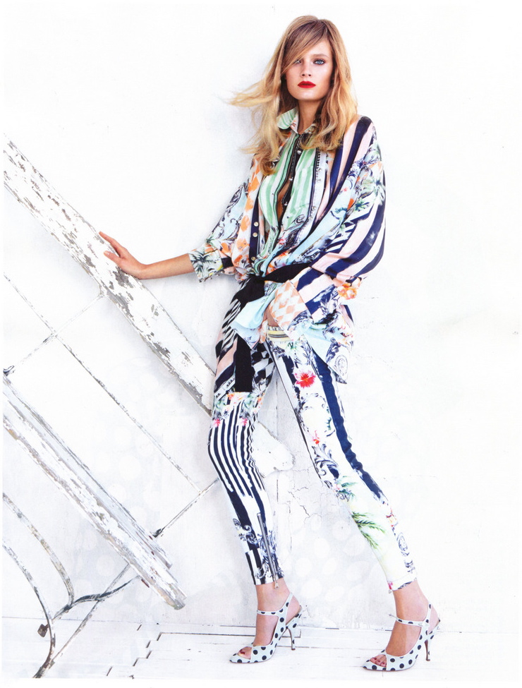 Vogue China January 2013 Constance Jablonski by Patrick Demarchelier-1