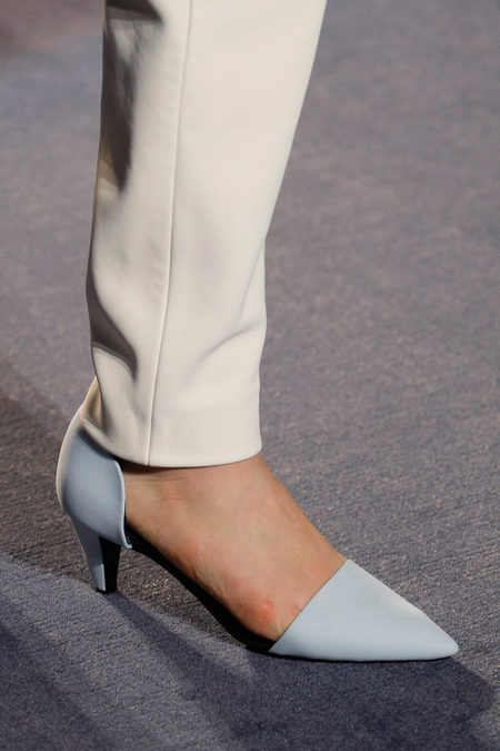 Proenza Schouler Fall Winter 2013 white pumps