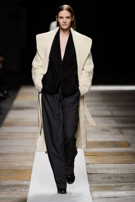 Theyskens' Theory Fall 2013-12