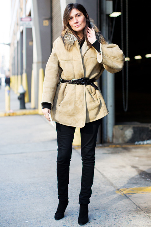 Emmanuelle Alt in beige coat