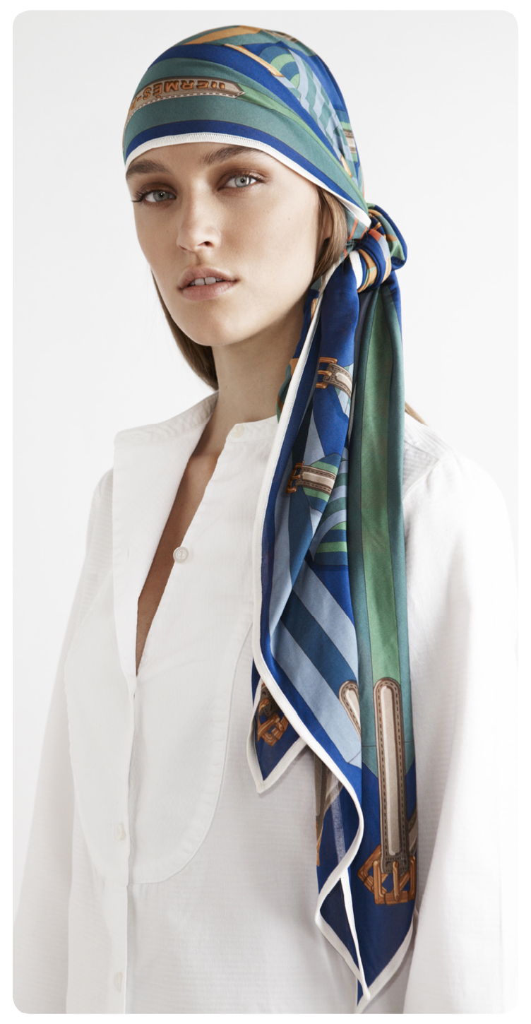 Play with your Hermès scarf - Pointe Fluide Pirate