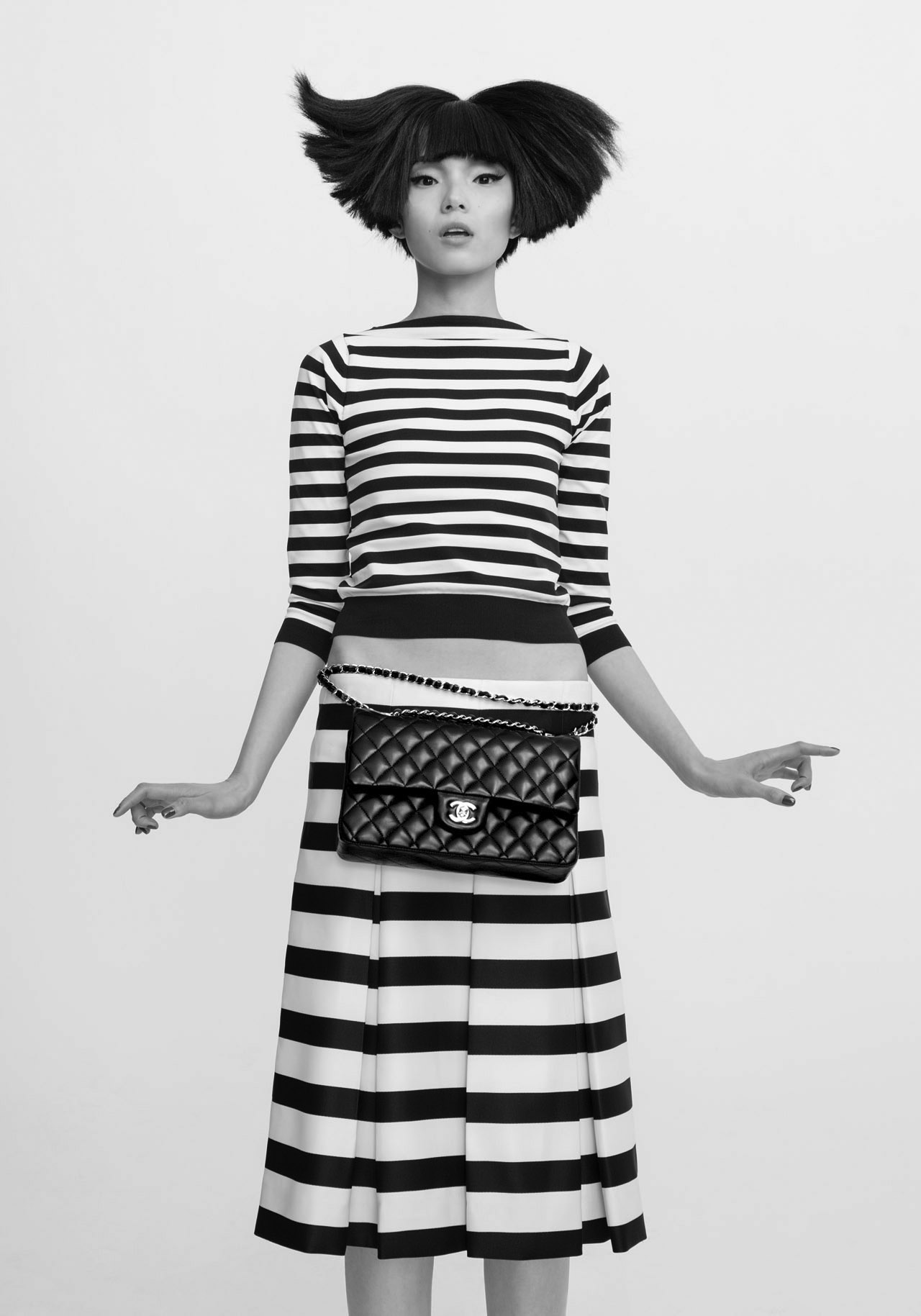 1 Girl, 1 bag, 7 looks by CR Fashion Book 2013 - Marc Jacobs