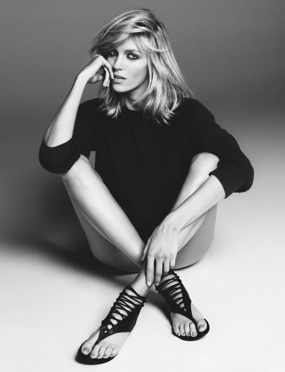 Anja Rubik for Giuseppe Zanotti ad