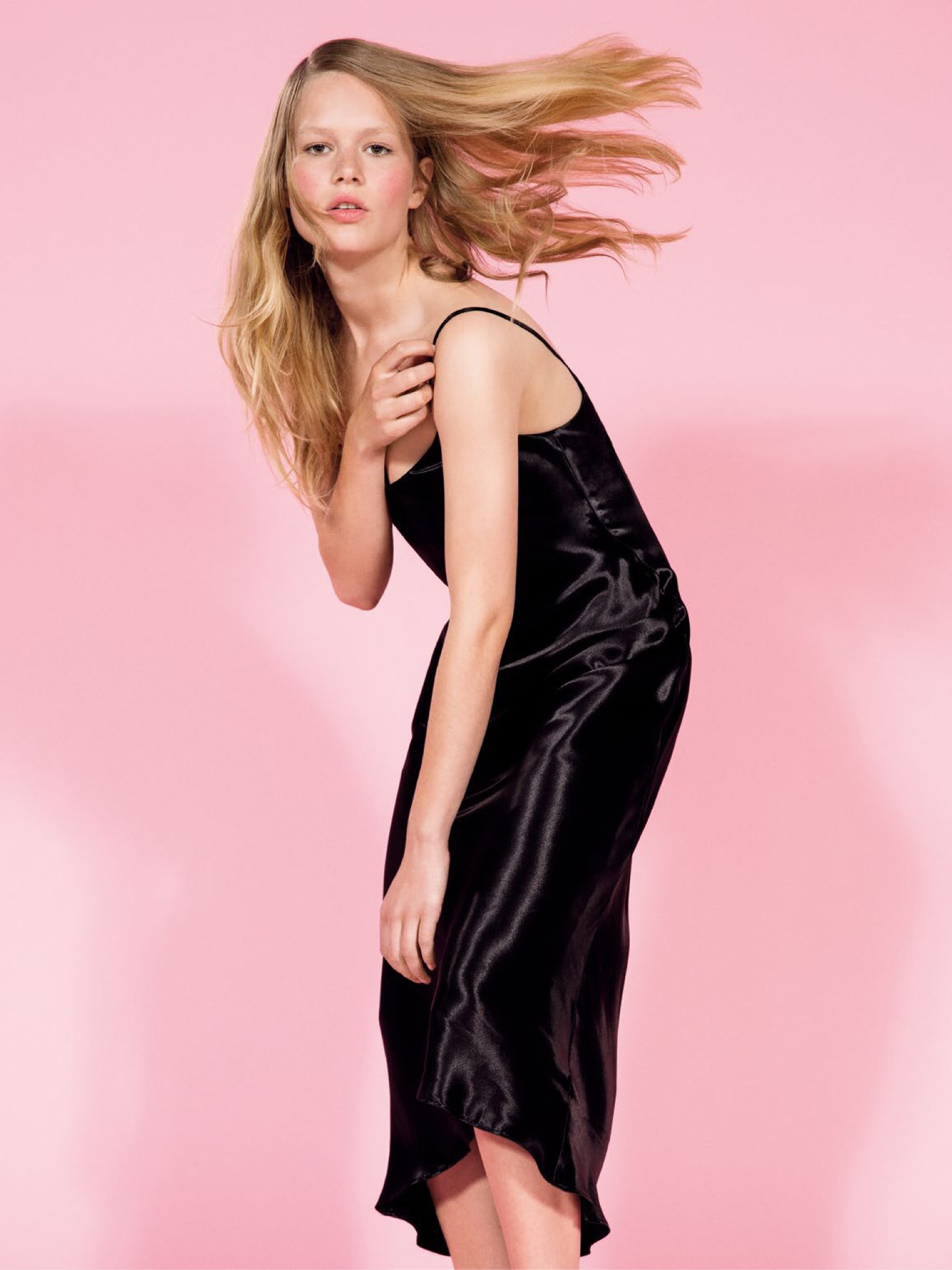 anna ewers french vogue